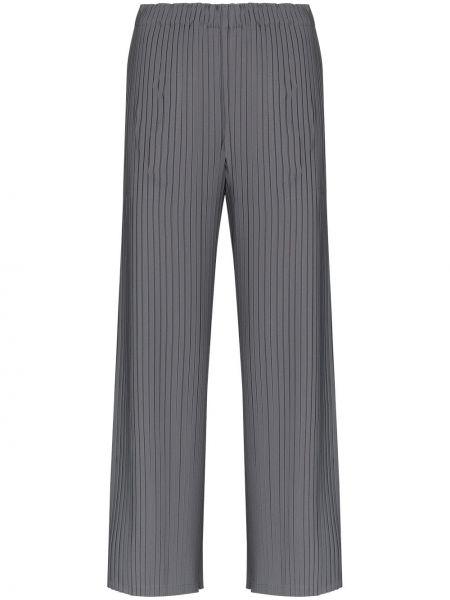 Брючные серые расклешенные укороченные брюки с высокой посадкой Issey Miyake