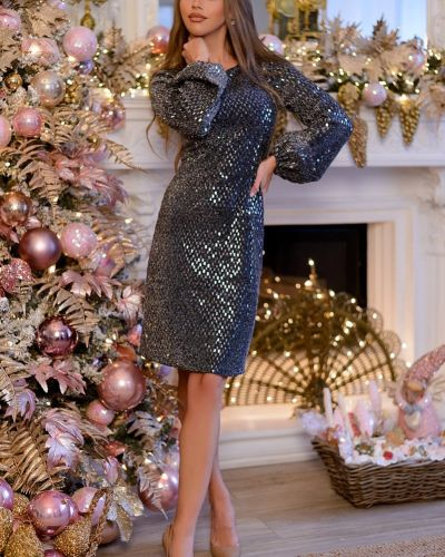 Нарядное с рукавами платье с пайетками Open-style