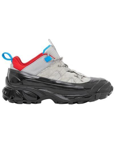 Кроссовки замшевые на шнуровке Burberry
