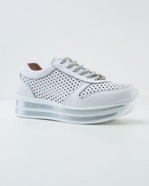 Кожаные белые кроссовки Vensi