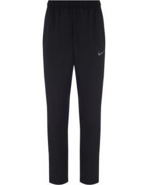 Спортивные брюки черные с карманами Nike
