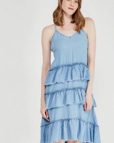 Джинсовое платье с открытыми плечами весеннее Only