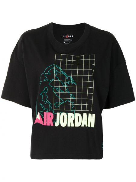 Прямая черная спортивная футболка с вырезом Nike