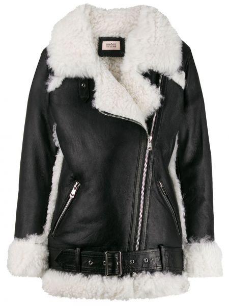 Черная кожаная короткая куртка байкерская Yves Salomon Meteo