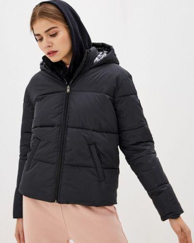 Теплая черная куртка Roxy