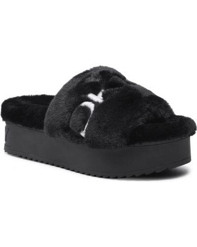 Białe sandały Dkny