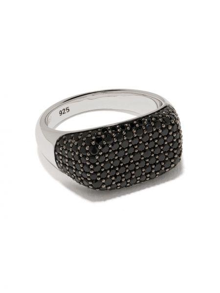 Czarny pierścień Tom Wood