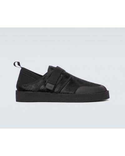 Черные кожаные с ремешком сандалии Clarks
