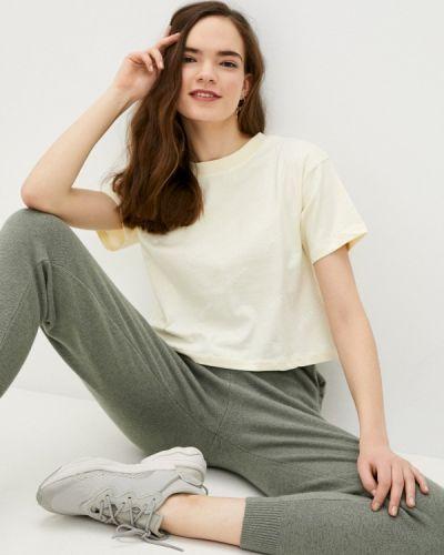 Бежевая футболка с короткими рукавами Guess Jeans