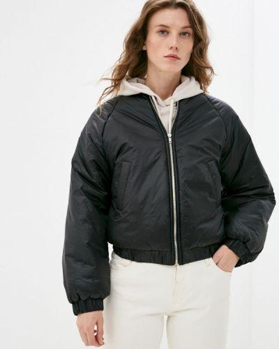 Утепленная черная куртка Trendyol