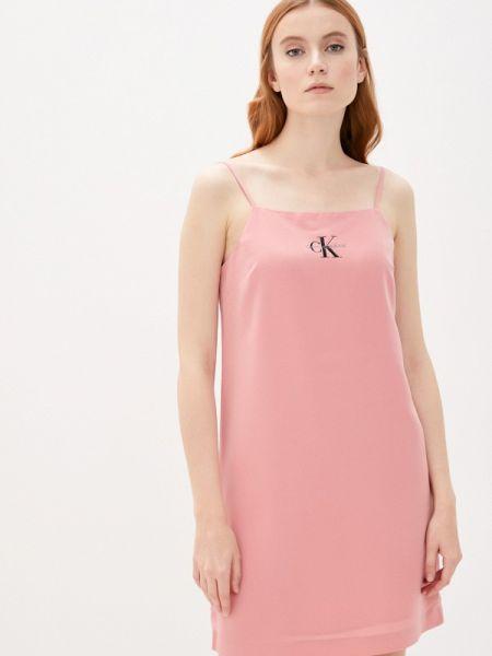 Розовое джинсовое платье Calvin Klein Jeans