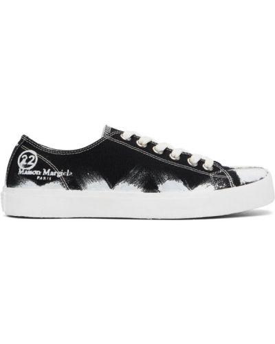 Ażurowy brezentowy czarny sneakersy na sznurowadłach Maison Margiela