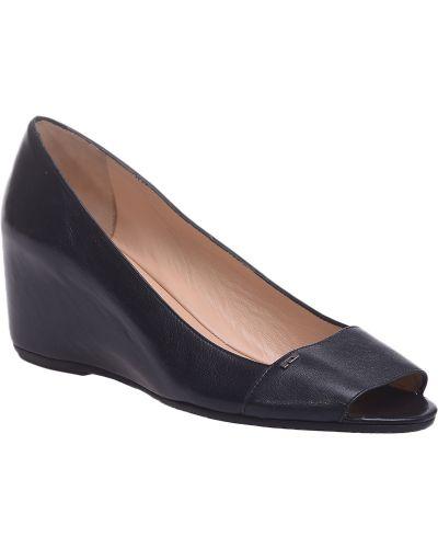 Кожаные туфли на каблуке Pakerson