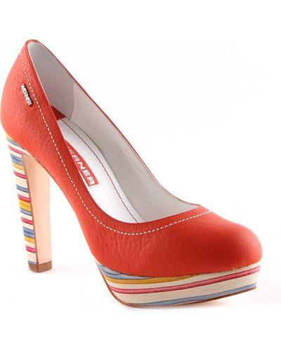 Красные туфли на танкетке Werner
