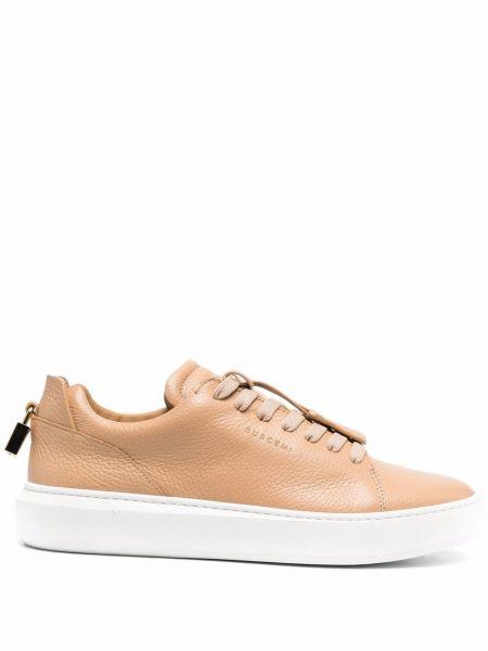 Beżowe złote sneakersy Buscemi