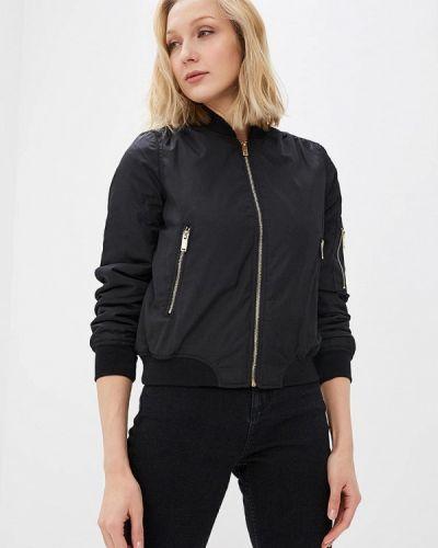 Черная куртка весенняя Qed London