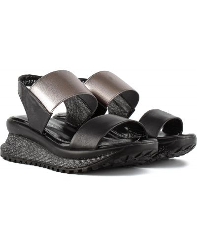Босоножки - черные Estomod