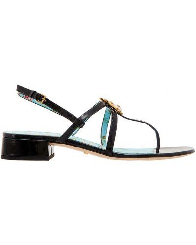 Босоножки на каблуке с цветочным принтом лаковые Gucci
