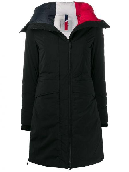 С рукавами черное длинное пальто с капюшоном Rossignol