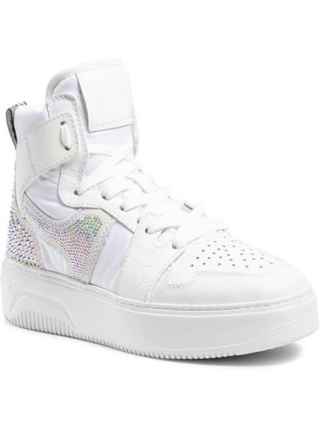 Białe sneakersy Fabi