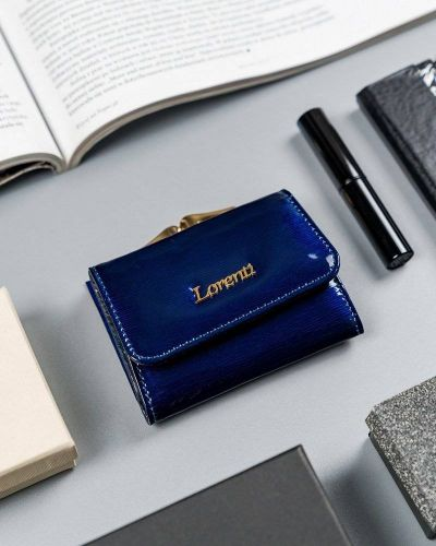 Niebieski portfel lakierowany Lorenti