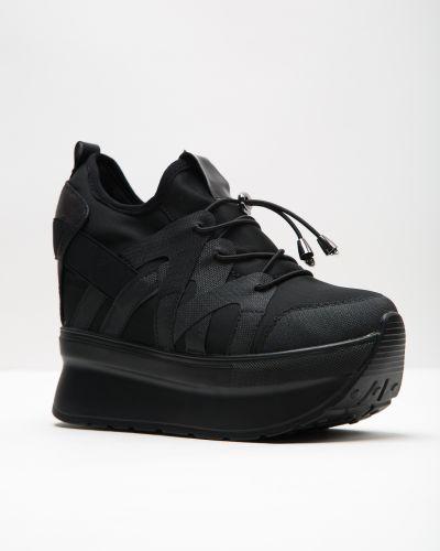 Кроссовки черные Chezoliny