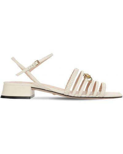 Białe sandały skorzane klamry Gucci