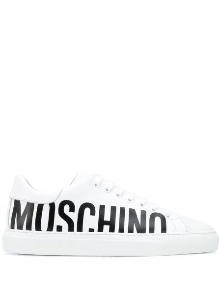 Koronkowa czarny sneakersy z logo okrągły Moschino