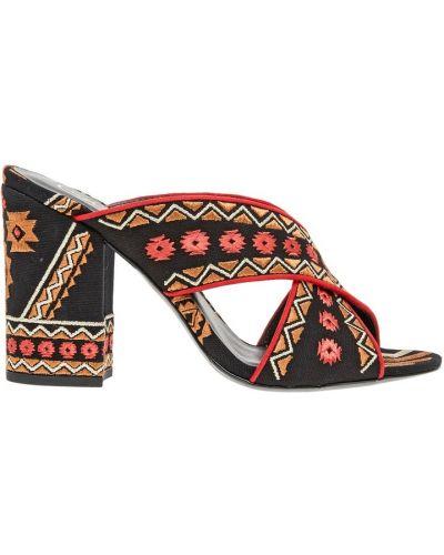 Кожаные туфли с вышивкой на каблуке Ash