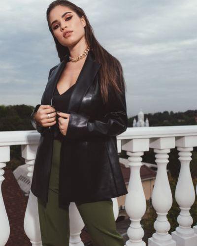 Кожаный пиджак - черный Vovk