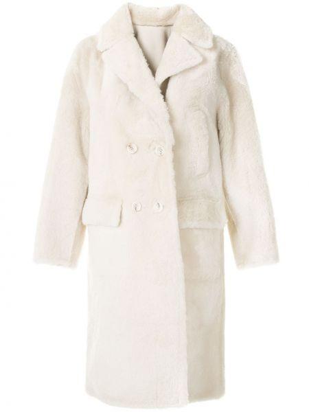 Кожаная белая длинная шуба с карманами Yves Salomon