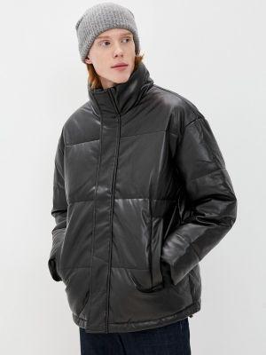 Черная зимняя кожаная куртка Befree