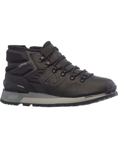 Кроссовки черные New Balance