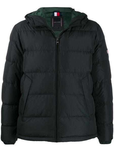 Куртка с капюшоном черная с манжетами Tommy Hilfiger
