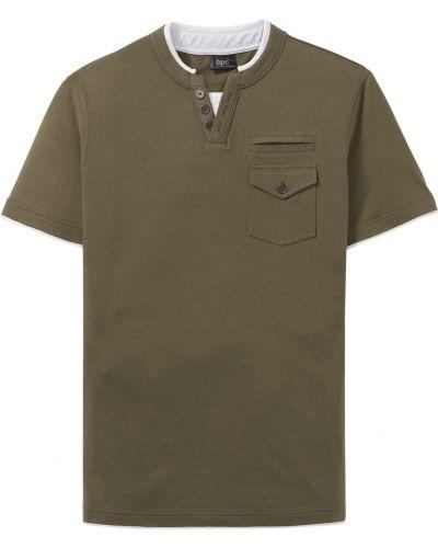 Зеленая футболка с карманами Bonprix