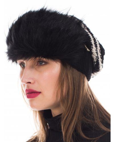 Черная шапка Patrizia Pepe