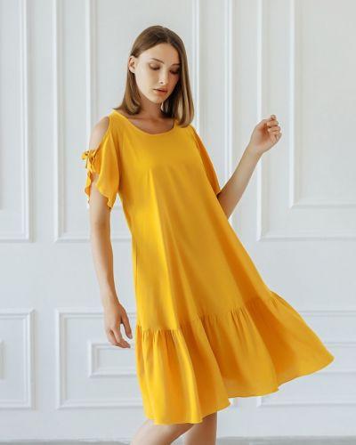 Желтое платье из штапеля инсантрик
