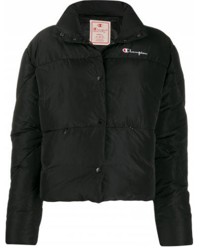 Черная длинная куртка Champion