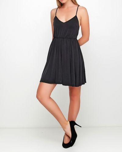 Платье - черное Review