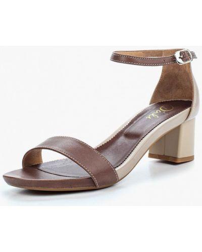 Коричневые босоножки на каблуке Dali
