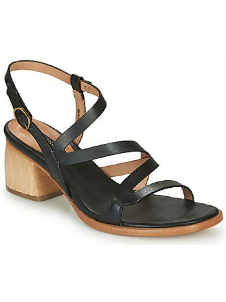 Czarne sandały Neosens