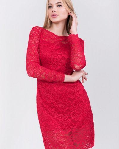 Платье весеннее красный Bluzka