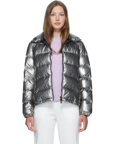 Длинная куртка серебряная на резинке Moncler