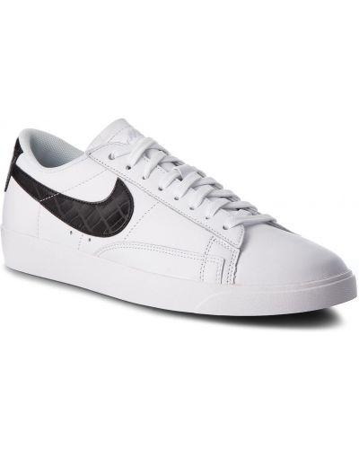 Blezer Nike
