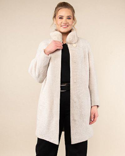 Пальто из овчины - бежевое каляев