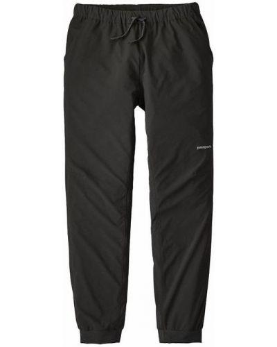 Czarne spodnie z niskim stanem Patagonia