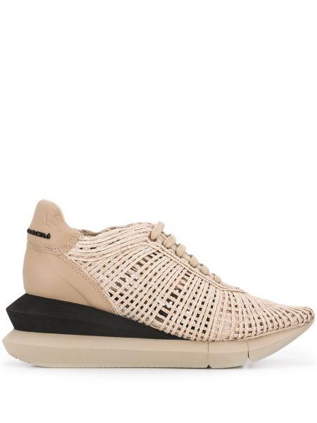 Туфли на каблуке кожаные ажурные Paloma Barceló