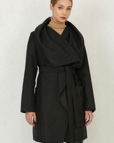 Пальто - черное Trifo