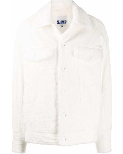 Белая куртка вельветовая с нашивками Sjyp