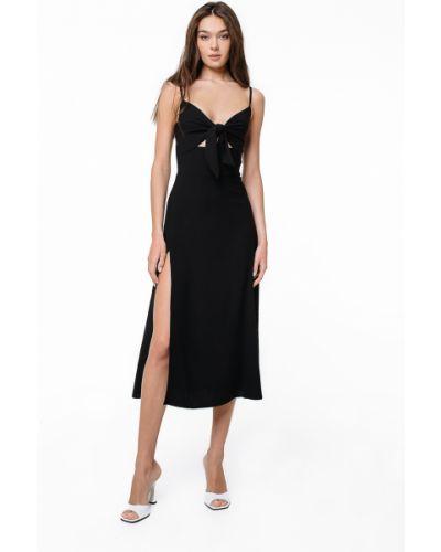 Платье на бретелях - черное Magnetic
